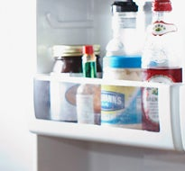 How To Clean A Refrigerator Clorox